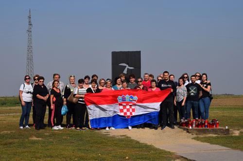 Izlet članova SSZSSH u Vukovar